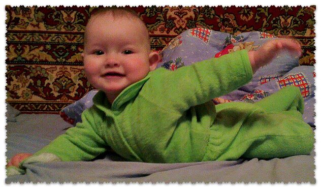 как развиваразвитие ребенка в 4 месяца